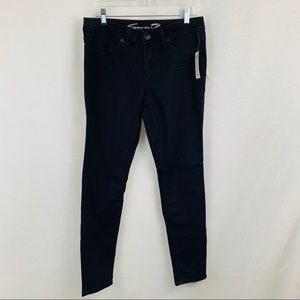 Seven7 NWT black skinny jeans, size 8